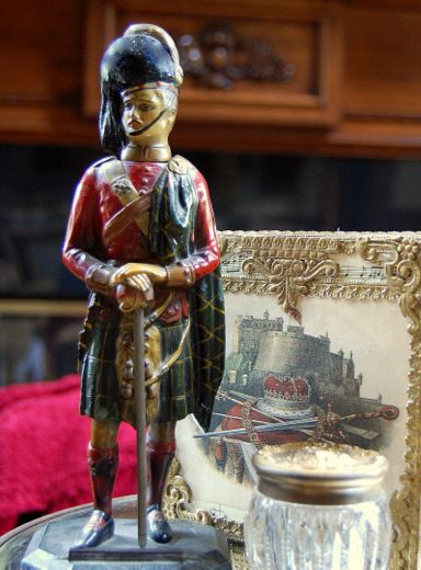 Wonderful hand painted Highland Soldier.