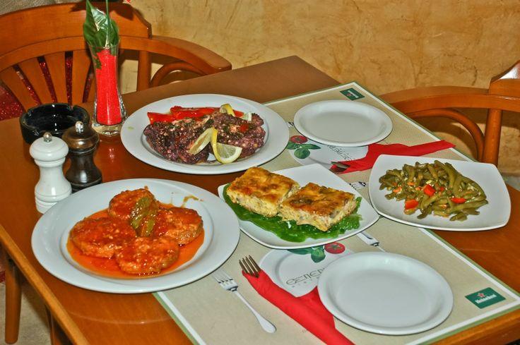 Greek aperitifs !!!! Octapus , Pastitsio, Keftedes in sauce, Green Beans