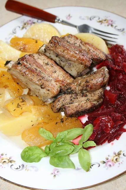 Jednogarnkowe: żeberka pieczone z ziemniakami i dynią | sio-smutki! Monika od kuchni