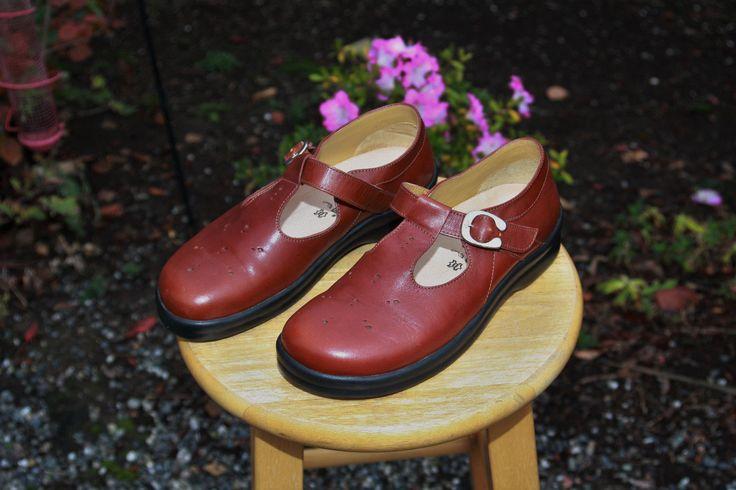 New Birkenstock Footprints T-Strap Mary Janes Shoes Women's Size 40 / 9 9.5