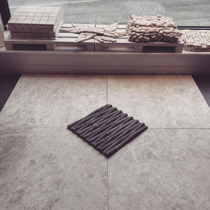 Fliser | mosaikk | inspirasjon | naturstein | kalkstein | marmor | gulv | gang | kjøkken | baderom | stue  -  Tiles | mosaic | inspiration | ideas | natural stone | limestone | marble | floor | entrance | kitchen | bathroom | living room