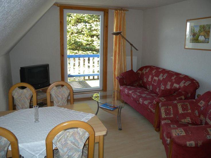 €158,67 Dieses Apartment mit Balkon heißt Sie in Middelhagen willkommen. Die Unterkunft liegt 10 km von Binz entfernt.