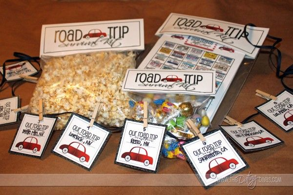 Going on a ROAD TRIP? Check out these fun ideas & FREE printables to create lasting memories! www.thedatingdivas.com  #roadtrip #freeprintables