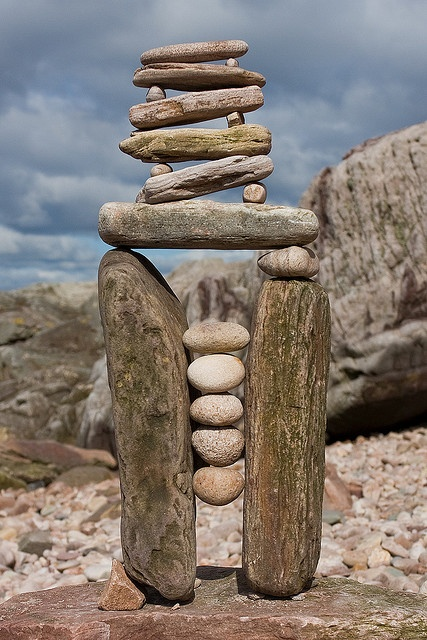 Constriction Balance - Richard Shilling Land Art - by escher is still alive, via Flickr