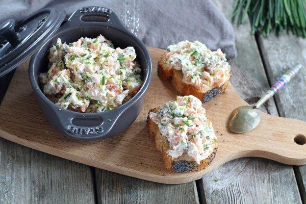 Nos tartines aiment toujours autant les rillettes de saumon . Retrouvez les plus belles photos sur le thème de la cuisine dans les diaporamas de 750 grammes. Ici : Nos tartines aiment toujours autant les rillettes de saumon .