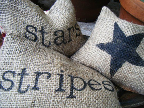 burlap pillows with black star instead of blue... Add hand sewn patch with star.... One with single black stripe.....Christmas gift?: Decor, Creative Ideas, Americana Pillows, Burlap Pillows, Summer Holidays, Burlap By Ramonaowendesigns, 21St Ideas, Usa, Patriotic Pillowettes