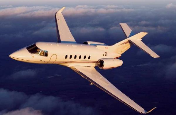 XOJET: Challenger 300, Cessna Citation X, Hawker 850XP