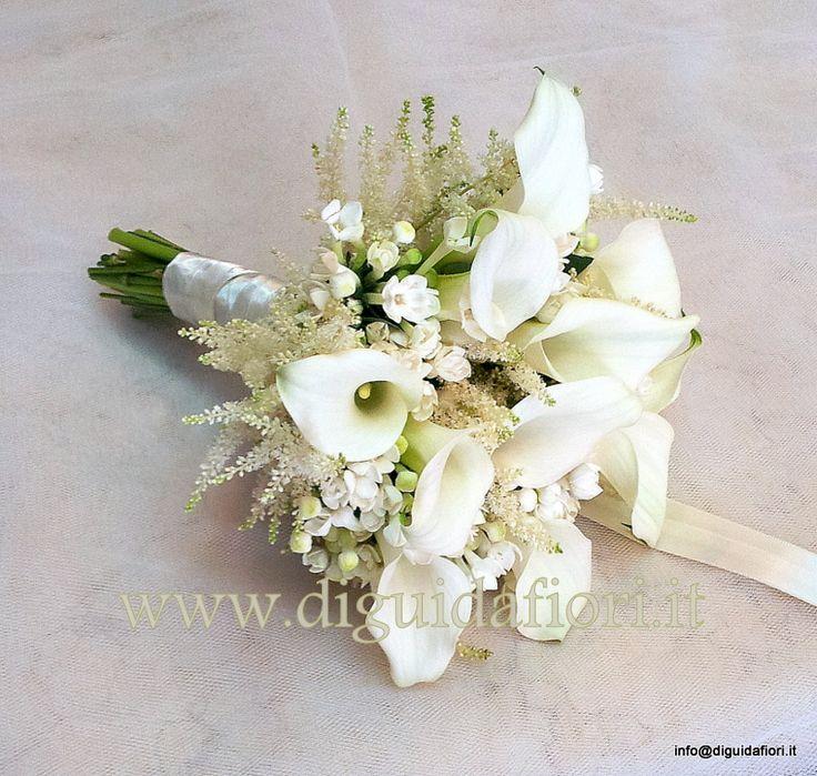 Bouquet da sposa con calle, bouvardia e astilbe.