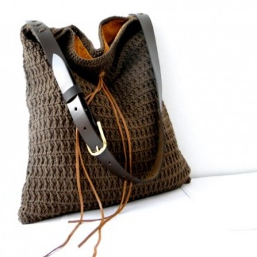 Crochet hobo bag in dark brown cotton, beach summer bag