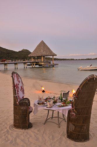 Dinner on the beach at the InterContinental Bora Bora le Moana Resort