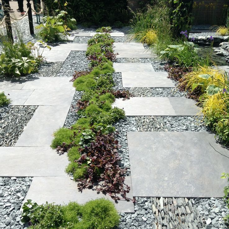 Designed by Sean Murray, winner of The Great Chelsea Garden Challenge; there was nothing amateur about this garden.
