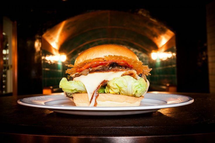 Hawksmoor Spitalfields Bar #cocktails #bars #eastlondon #burger