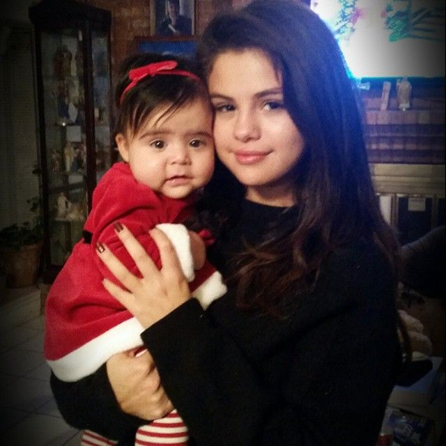 Selena Gomez Poses W/ Stunning Sister Victoria Gomez + 'Selena Has Huge Music Things In Store For 2015!' - http://oceanup.com/2014/12/27/selena-gomez-poses-w-stunning-sister-victoria-gomez-selena-has-huge-music-things-in-store-for-2015/