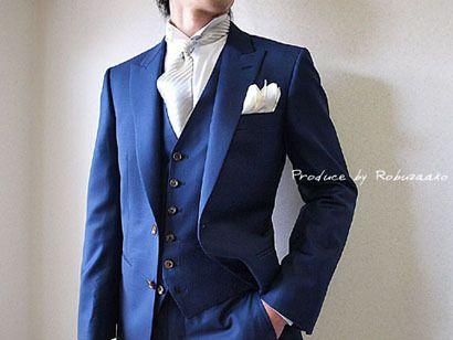 新郎タキシードと一緒に新郎様のシャツにもこだわりを…の画像 | 大阪・阿倍野|オーダースーツ大阪 ロブザーコ オーダースーツ|結婚式タ…