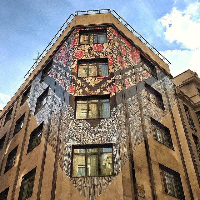 Manton de manila, fachada manton, manton granvia, mural hotel, empresa decoracion hotel
