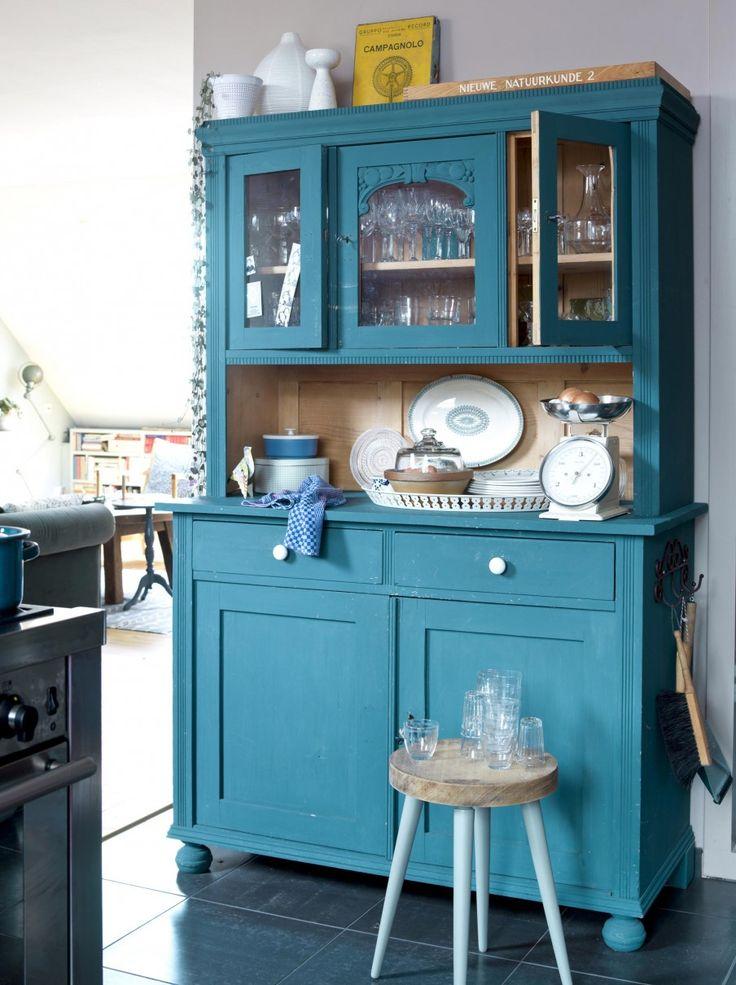 Ook bij www.grijsengroen.nl verschillende brocante kasten te vinden in naturel of in kleur. Laten die ook mooi zelf geschilderd zouden kunnen worden.