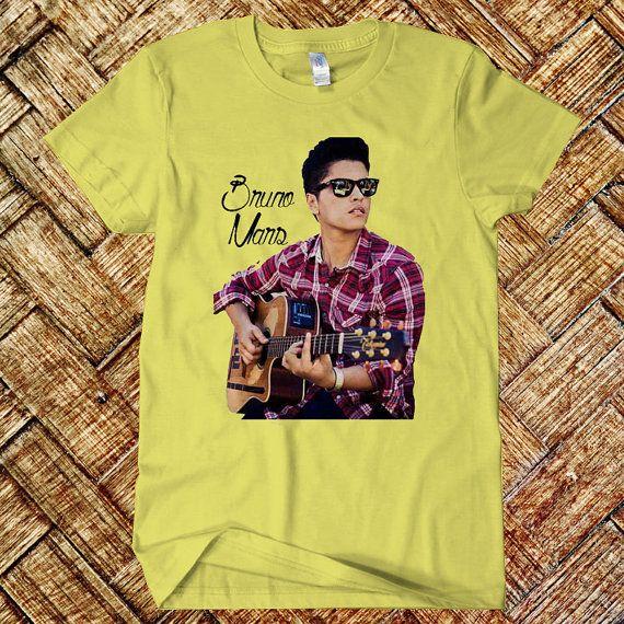 #clothing #men_shirt #shirt #men_M_L_XL #t-shirt #black #white #Bruno_Mars #Playing_Guitar