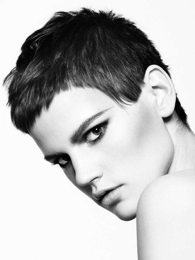 lady short haircuts 1000 ideas about pixie haircuts on 4241 | 9c589d2ad37191e5a9b174bd1c4f4241