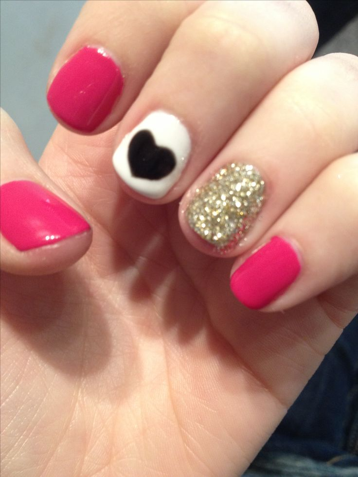 Super easy nail art for short nails! So cute!