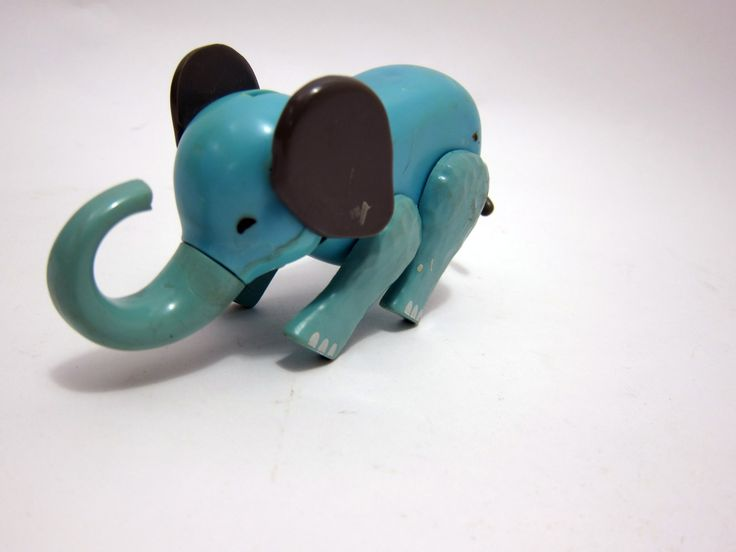 Fisher price circus train Elephant Little People 70s Vintage toys.