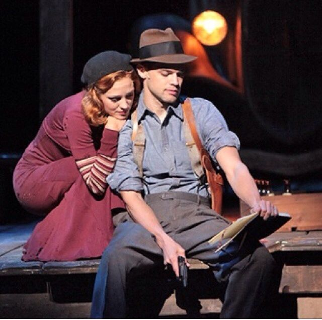 Laura osnes and Jeremy Jordan- Bonnie and Clyde