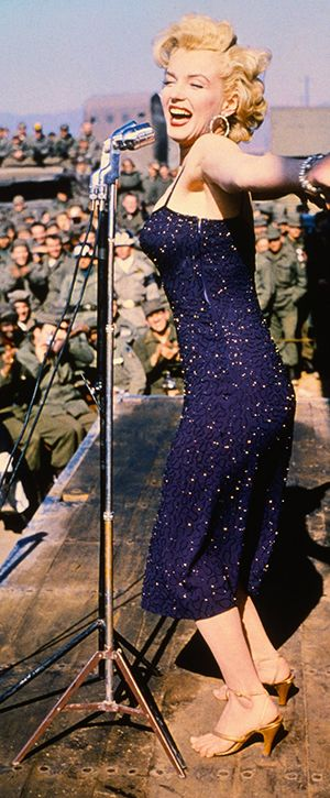 1954: Marilyn Monroe visiting troops in Korea …. Always inspirational.