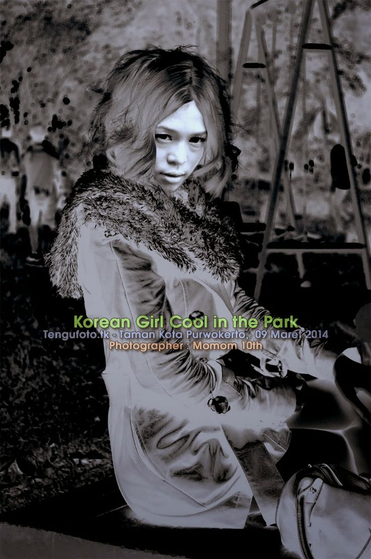 Korean Girl Cool in the Park -  Photographer : Momom 10th Fotografer Banyumas / Fotografer Purwokerto / Fotografer Indonesia