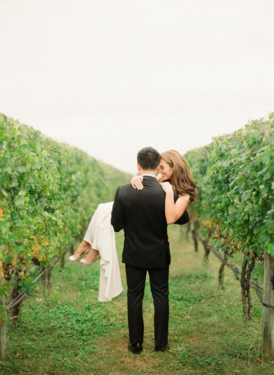 Elegant Martha Clara Vineyards Wedding: http://www.stylemepretty.com/little-black-book-blog/2014/02/19/elegant-martha-clara-vineyards-wedding/ | Photography: Lindsay Madden - http://www.lindsaymaddenphotography.com/