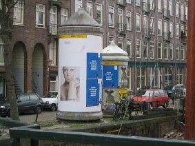 Jacob van Lennepkade Amsterdam Via www.wernertoonk.nl  De linker is van beton. De stalen rechtse gaan verdwijnen.