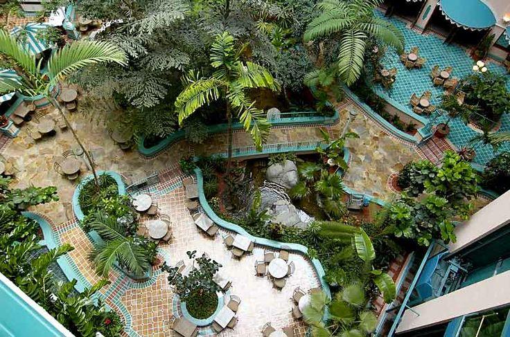 Embassy Suites Miami Vintage Atrium Photo 2