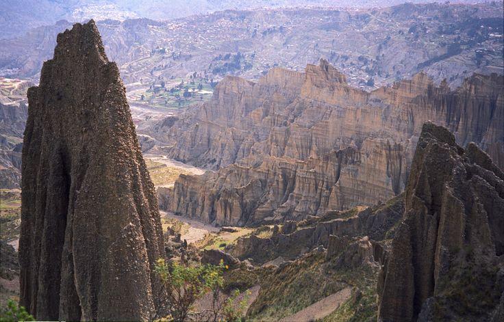 Valle_de_la_Luna_-_La_Paz_-_Bolivia.jpg (5713×3658)