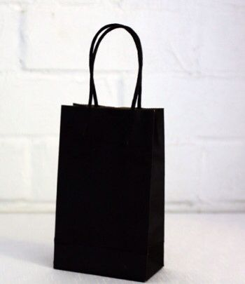 Black handle bag  www.qualitytimepartysupplies.com.au
