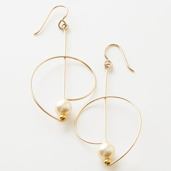 Complete your collection with this charming and modern design. Simple loops are acce …   – jewelry (to make)