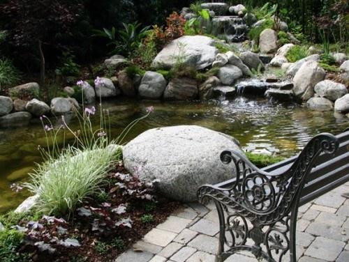 Pond waterscape