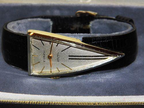 Vintage Hilton Mens Manual Wind Goldtone Watch 17 Jewels