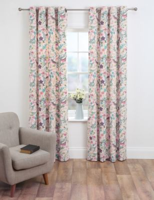Stylish eyelet curtains with a phoebe bird design. They're lined and come in standard width and three drop lengths. Eyelet curtains are for use with curtain poles, and this pair offers a great modern look.