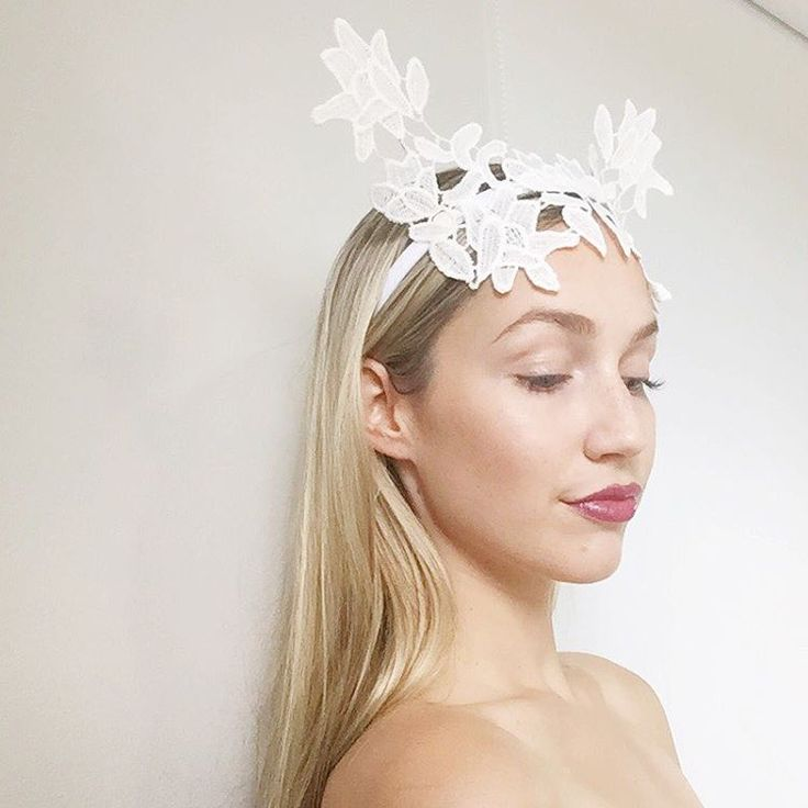 White lace crown / headpiece by Alea Headpieces. Perfect millinery / fascinator for the races or bridal event: hens night or bridal shower. Shop what's available with worldwide shipping x