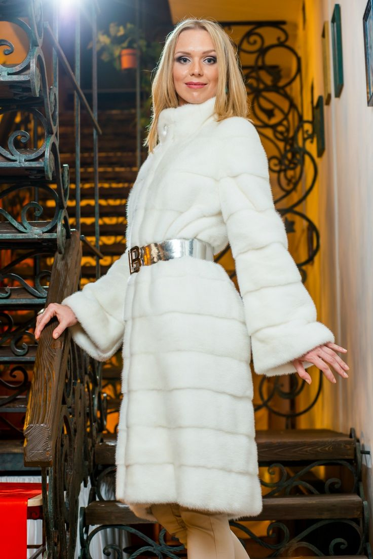 White mink fur coat for a special occasion. #furcoat #furs #fashion #women