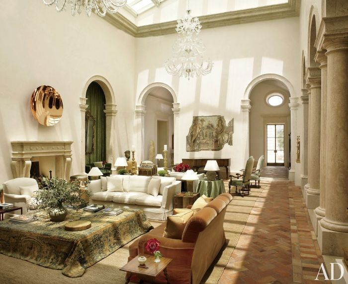 This home is a mix between a grand Italian villa & a Tuscan farmhouse … just as the owners requested of architect William Hablinski, along with interior design firm Atelier AM (this home is actually in las vegas). photos by pieter estersohn for architectural digest travertine cobblestones & italian travertine stone walls x debra