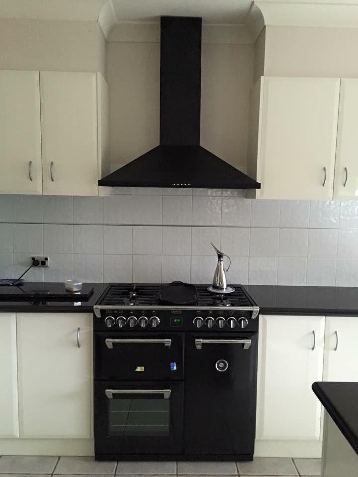 The Black 90cm Richmond Duel Fuel Range Cooker Featured In An Elegantly  Clean Kitchen Design.