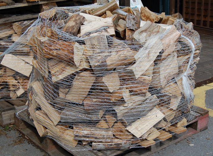 How much should kiln dried logs cost? - https://www.somerlap.co.uk/blog/kiln-dried-logs-cost/