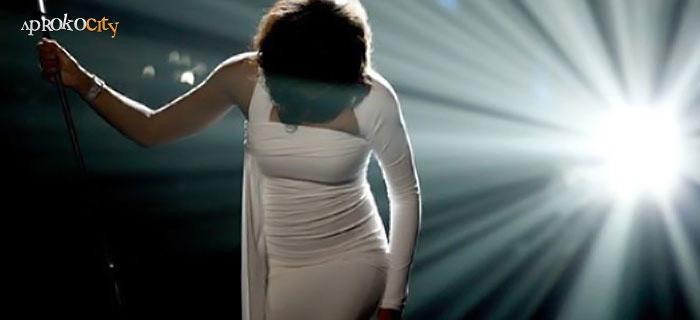 Google Image Result for http://www.aprokocity.com/wp-content/uploads/2012/11/Whitney-Houston1.jpg