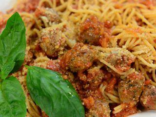 Albóndigas con spaghetti | Ariel y Felipe Rodríguez Palacios