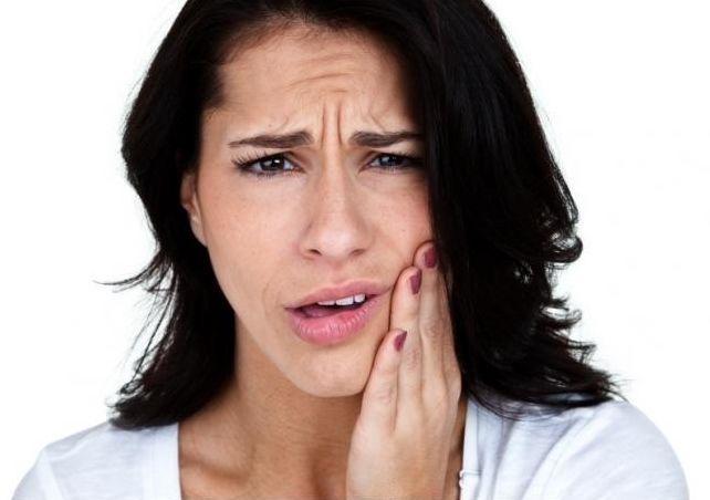 15 Resep Manjur Cara Mengobati Sakit Gigi Dengan Cara Alamai dan Obat Herbal - http://www.njamu.com/resep-manjur-cara-mengobati-sakit-gigi-dengan-cara-dan-obat-herbal/