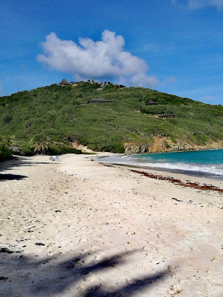 Macaroni Beach, Saint-Vincent et les Grenadines