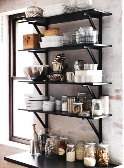 black open shelvesDecor, Small Apartments, Ideas, Kitchens Shelves, Open Shelves, Black Shelves, Open Kitchens, Open Shelving, Kitchens Storage
