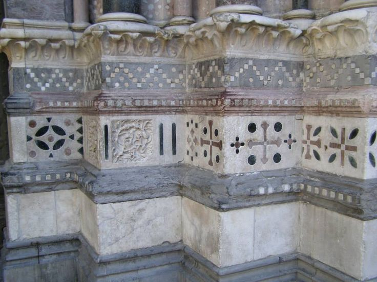 Genoa - a detail of the San Lorenzo Cathedral.