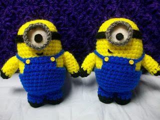 My Crocheted World: October 2011  Minions & Smurfette Pattern
