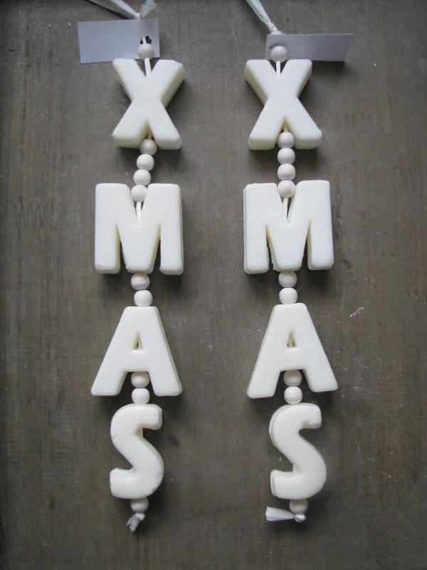 Zeepketting  XMAS | Tips om zelf te maken: http://www.jouwwoonidee.nl/zeepkettingen-maken/