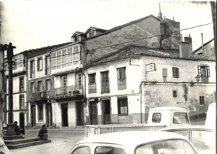 Cruceiro de San Pedro. Fotografía antigua de Santiago de Compostela